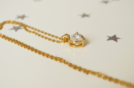 Gold plated heart pendant + necklace